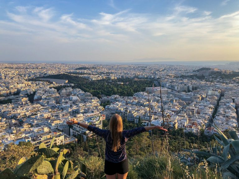 Sports activities for visitors in Athens